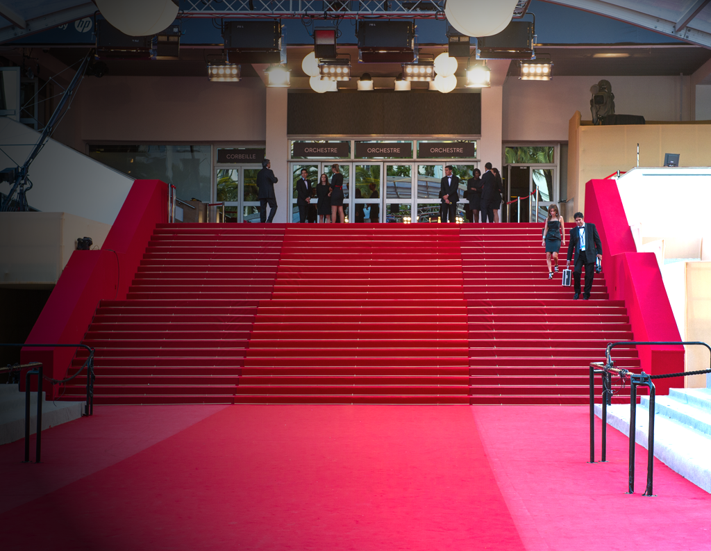 Fairs and festivals in cannes festivals and congress palais for Hotels cannes